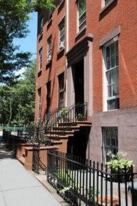 Choosing Your New Neighborhood
